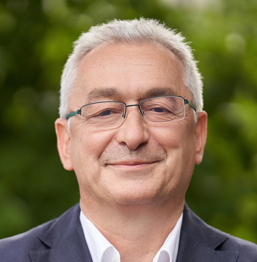 Dr. Bruno Oberle